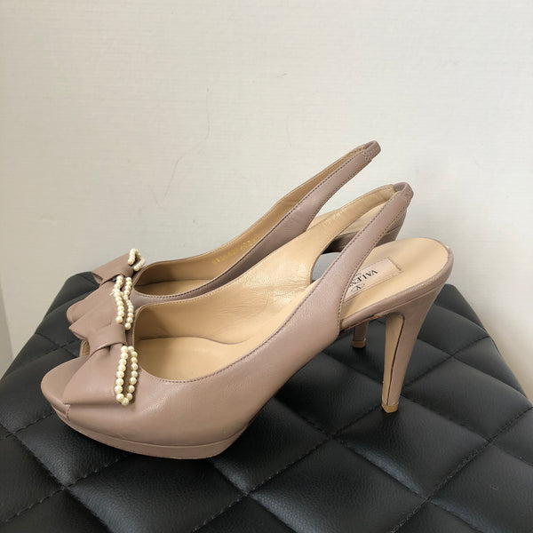 Valentino Slingback Beige Pearl Bow Pumps Size 39