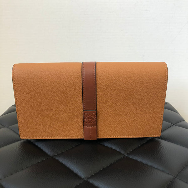 LOEWE Wallet On Chain Light Caramel/Pecan