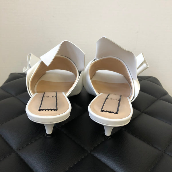 Nº21 White Leather Knotted Classic Mules Size 39