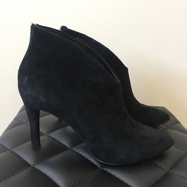 Joie Black Suede Booties Size 38.5