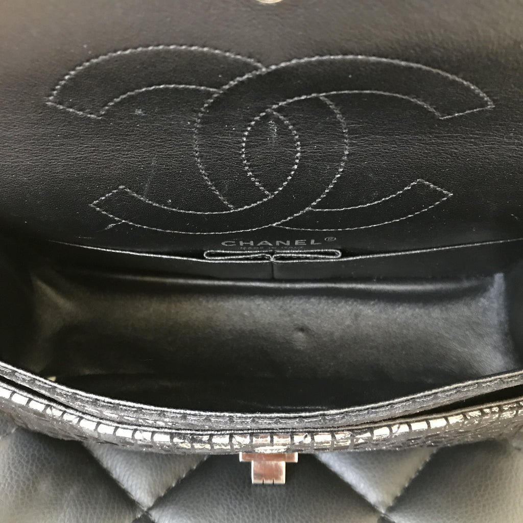 34c54998b4aa ... Chanel Limited Edition Mirrored Silver Leather 2.55 Reissue 225 (M/L)  Double Flap ...