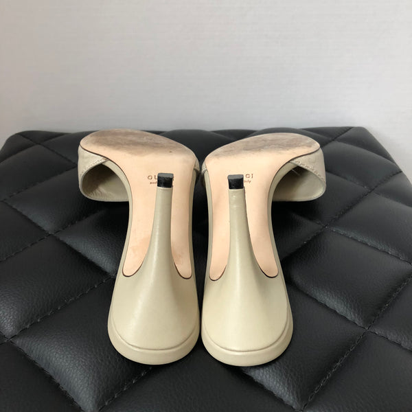 Gucci Mystic White (Ivory) Guccissima Leather Sandals Size 35