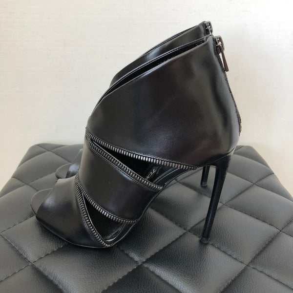 Tom Ford Black Leather Zipper Pumps Size 37.5