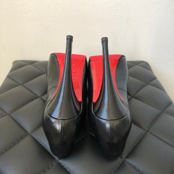Christian Louboutin Black Very Prive Peep Toe Pumps Size 38