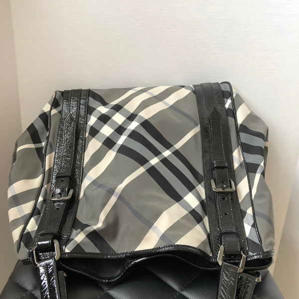 Burberry Large Black/Ivory/Grey Nylon Check Expandable Shoulder Tote