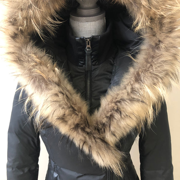 Mackage Black Adali Fur Collar Down Jacket Size XS (fits US 0-2)