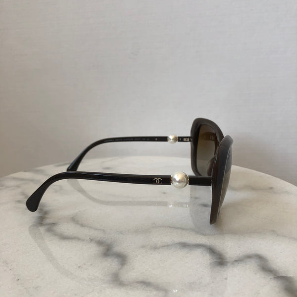 Chanel Brown Pearl Polarized Sunglasses
