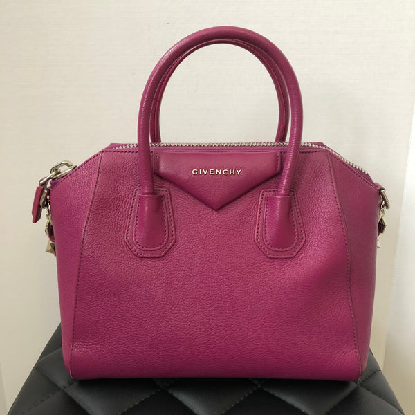 Givenchy Small Grained Magenta Antigona Shoulder Bag