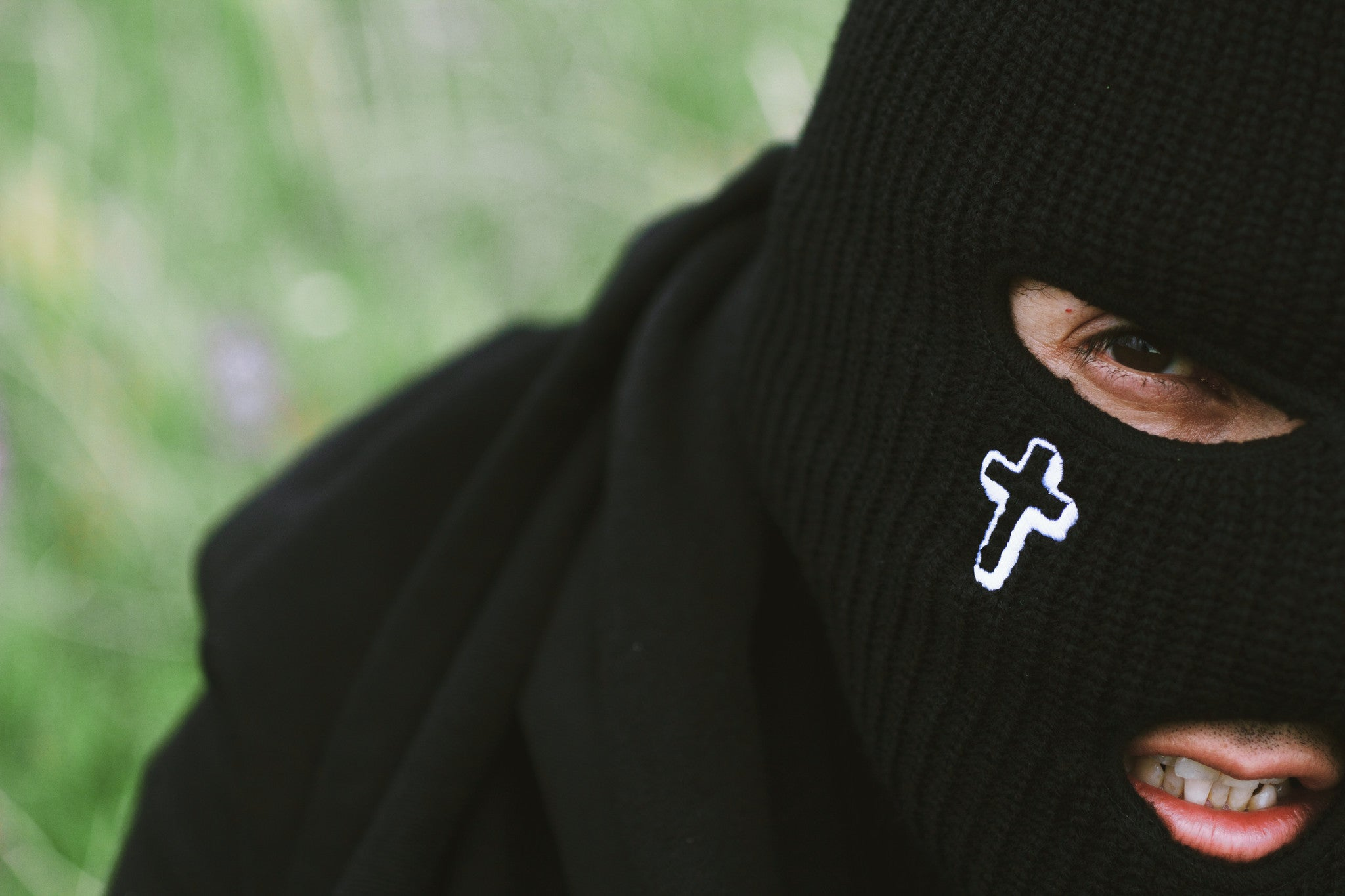 SKI MASK W/ TEXT LATIN CROSS