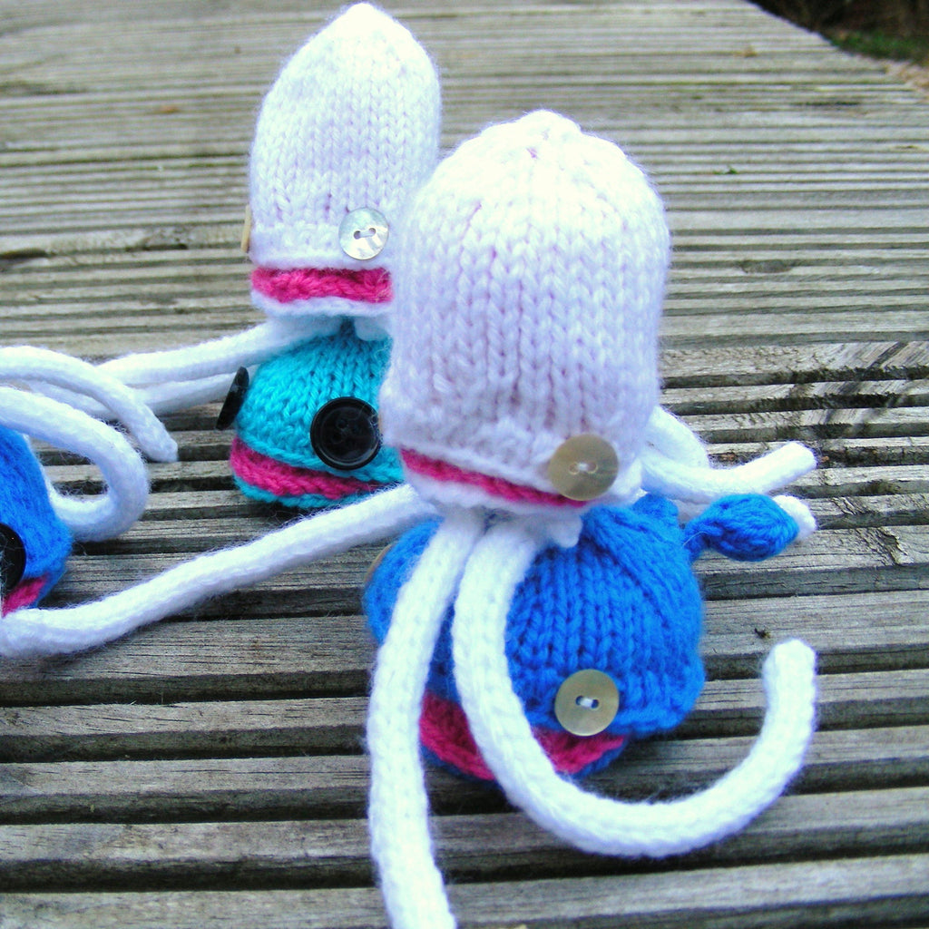 Headphone Squid Pattern (Knitting)