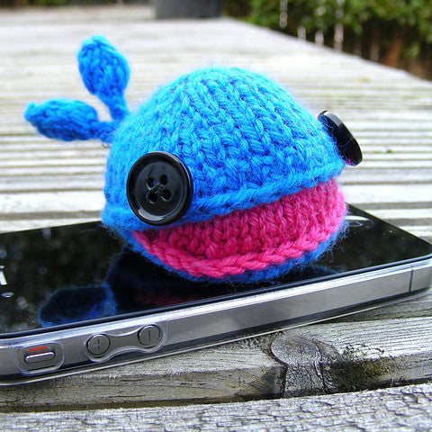 Headphone Whale Pattern (Knitting)