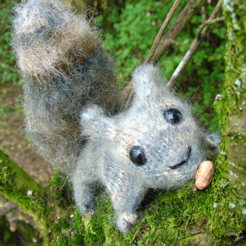 Squirrel Pattern (Knitting)