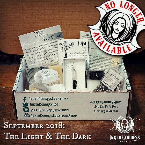 September 2018 Magick Mail Box: The Light & The Dark