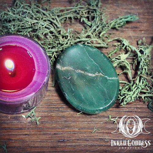 Green Parrot Worry Stone