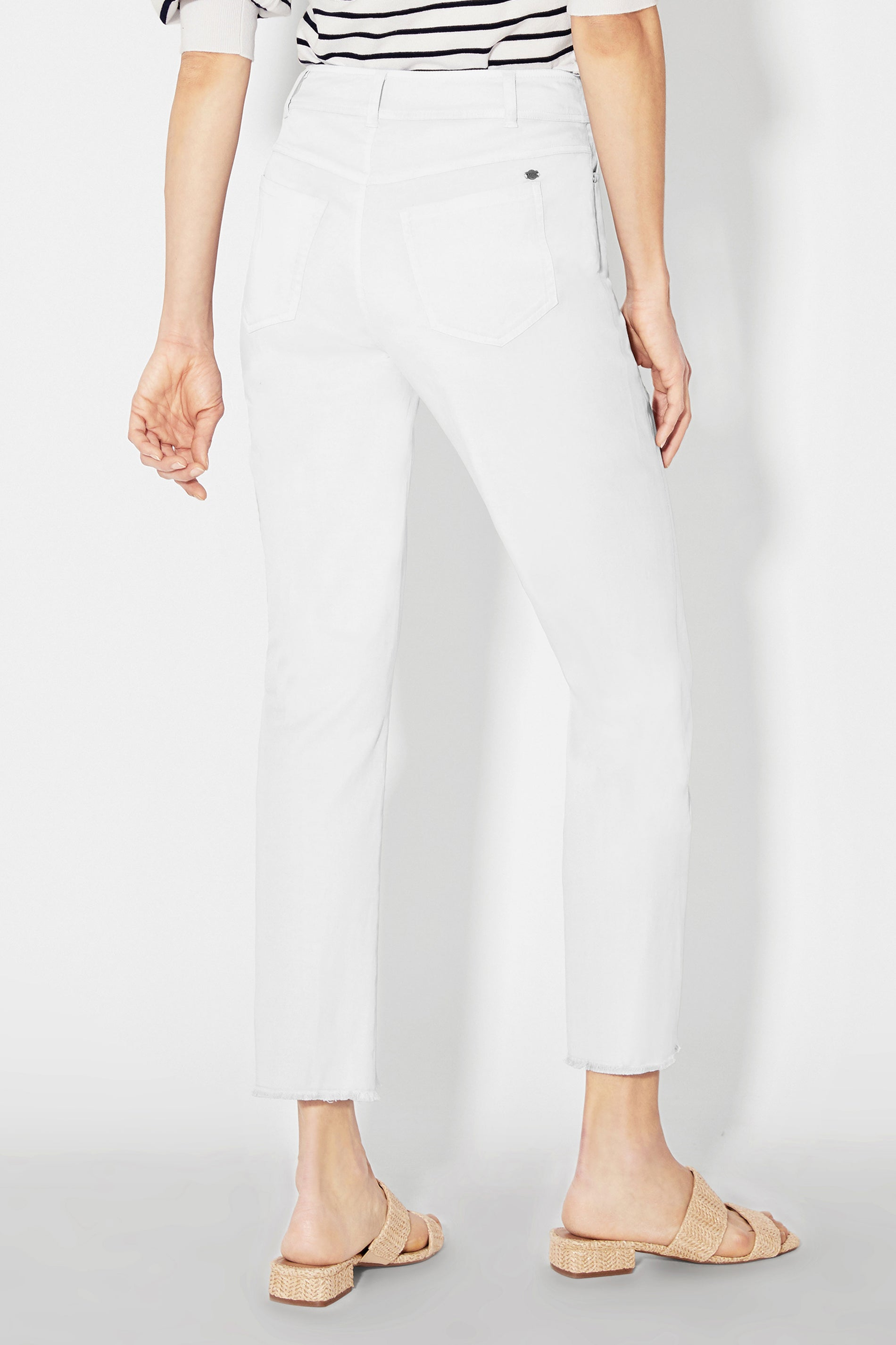 Dylan Cropped Jean with Fray Hem