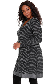 Women's Black and Silver Metallic Jagged Striped Cardigan - Curvy