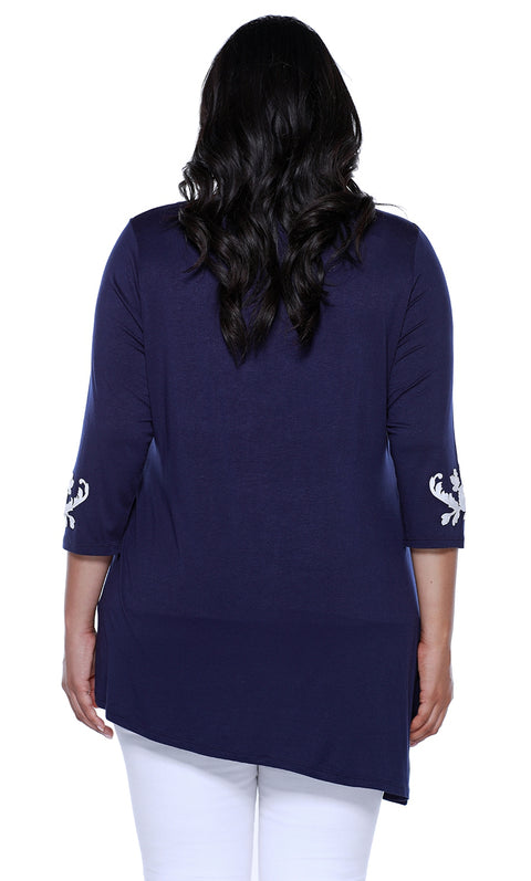 3/4 Sleeve Asymmetrical Hem Pullover with Applique on Hem and Sleeves NAVY/WHITE