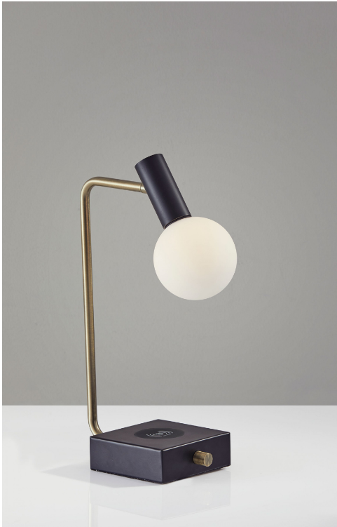 Windsor AdessoCharge Desk Lamp
