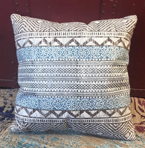 Boho Throw Pillow - Saturn
