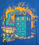 TeeFury T-Shirt - Who R U? Dr Who Alice In Wonderland - New Adult S