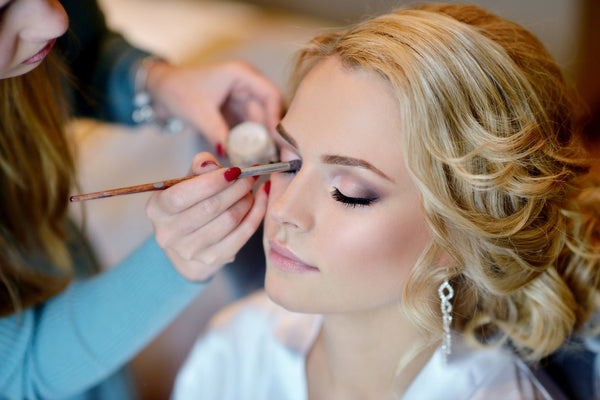 Exclusive Professional Makeup - Laura's Beauty Touch, Spa Services in Rego Park, New York 11374
