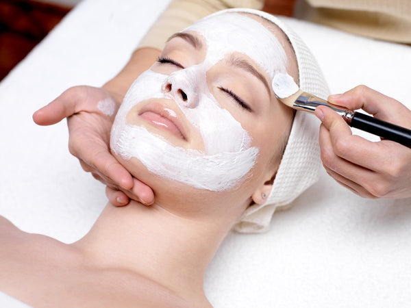 Luxurious Facial - Laura's Beauty Touch, Spa Services in Rego Park, New York 11374