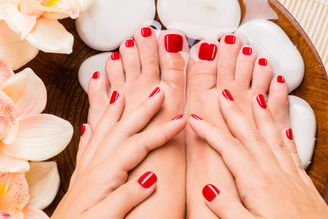 Manicure pedicure - Laura's Beauty Touch, Spa Services in Rego Park, New York 11374