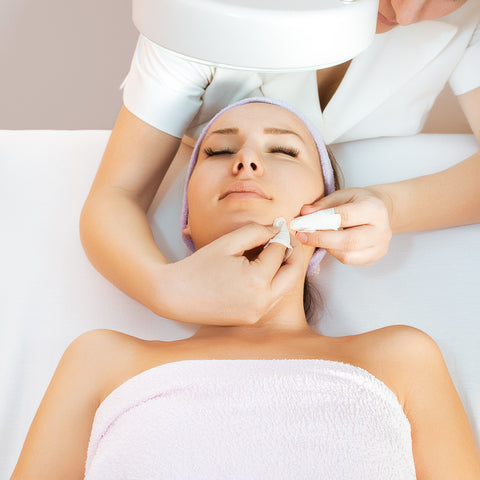 Microdermabrasion & Deep Pore Cleansing Facial - Laura's Beauty Touch, Spa Services in Rego Park, New York 11374