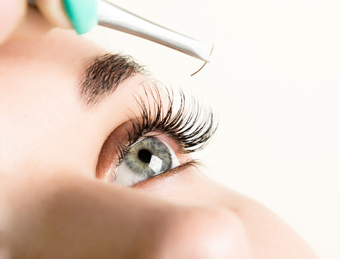 Removal of Eyelash Extensions - Laura's Beauty Touch, Spa Services in Rego Park, New York 11374