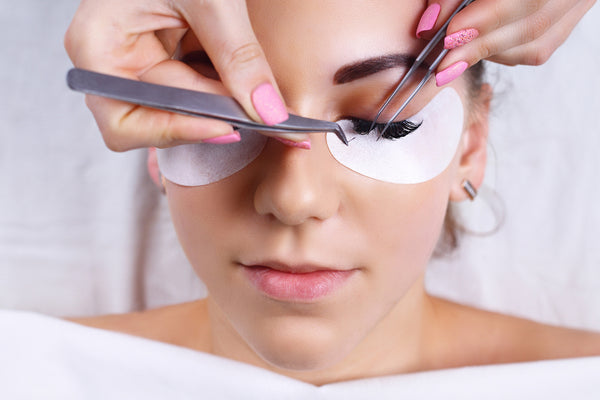 V-Silk Eyelash Extensions - Laura's Beauty Touch, Spa Services in Rego Park, New York 11374