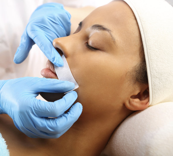 Lip wax or treading - Laura's Beauty Touch, Spa Services in Rego Park, New York 11374