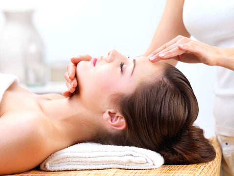 Express Package - Laura's Beauty Touch, Spa Services in Rego Park, New York 11374
