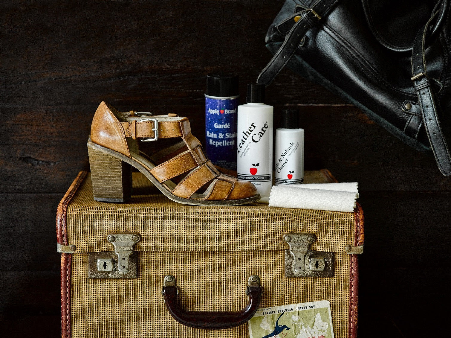 Leather care solutions for shoes and bags