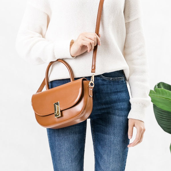 Alba Saddle Crossbody