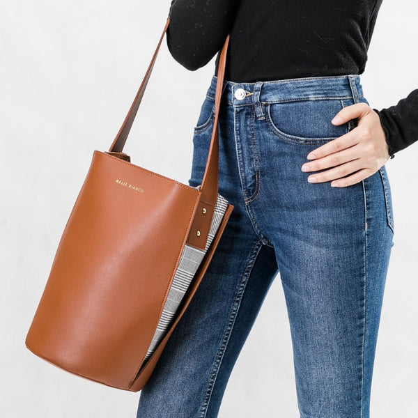 Luna Saddle Shoulder Bag