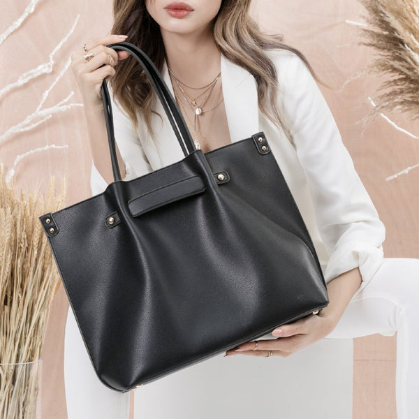 vegan, cruelty free, handbag, bag, purse, faux leather, animal friendly, sustainable fashion, shoulder bag, tote, large, black
