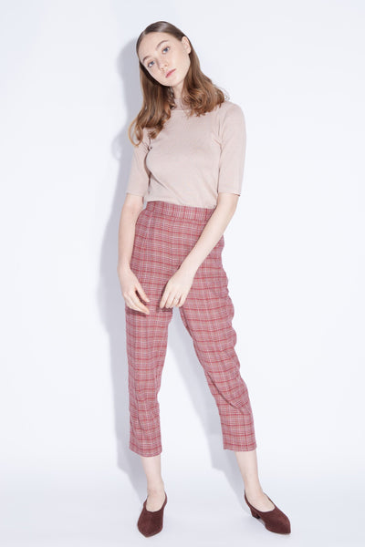 QUEEN B | High Waisted Peg Leg Pants In Red Plaids