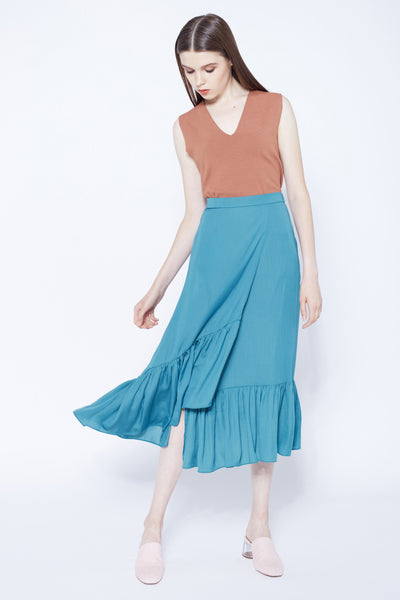 A LOT LIKE LOVE | Asymmetric Dip Hem Frilly Skirt in Ocean Blue