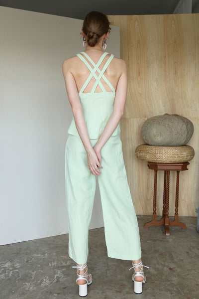 CROSS YOUR MIND | Criss Cross Straps Back Linen Vest Top