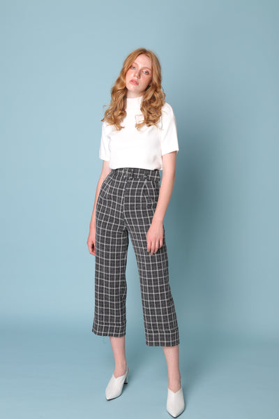 PROVE THEM WRONG | High Waisted Culottes In Navy White Check With 80s Buckle Belt