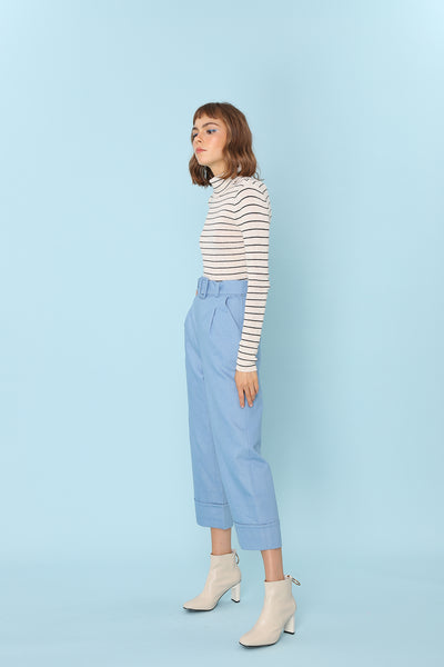 PROVE THEM WRONG | High Waisted Culottes In Light Blue Denim With Belt