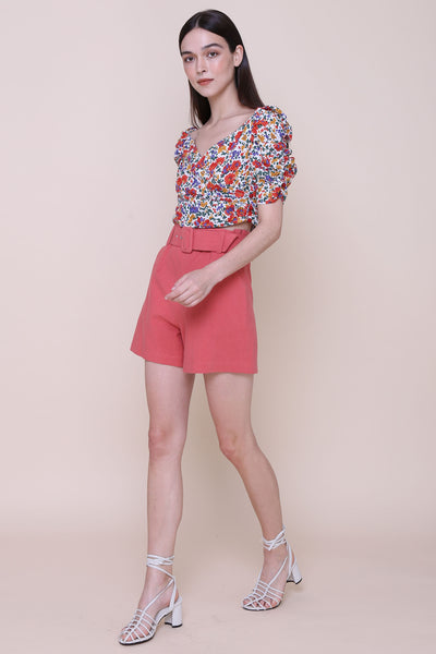 SOME LIKE IT HOT | High Waisted Shorts With 80s Buckle Belt In Vintage Red