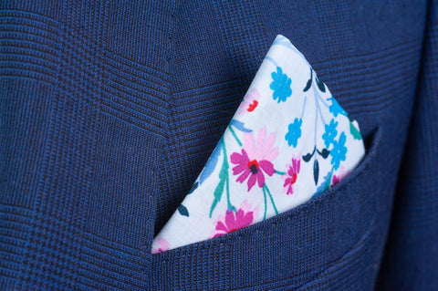 Smyth & Gibson 100% Cotton Floral Tie & Pocket Square in Soft Blue
