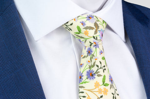 Smyth & Gibson 100% Cotton Floral Tie & Pocket Square in Cane Green