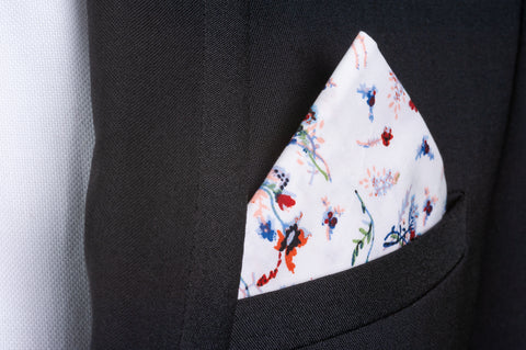 Smyth & Gibson 100% Cotton Floral Tie & Pocket Square in White, Blue & Red
