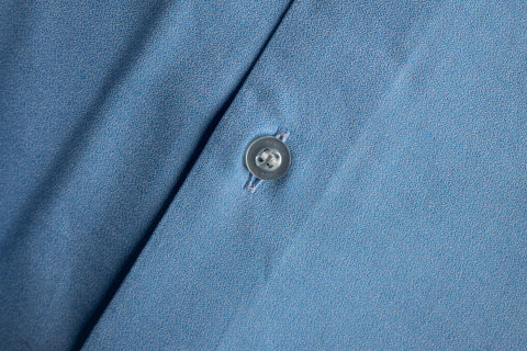 Contemporary Fit Cutaway Collar Blue End on End