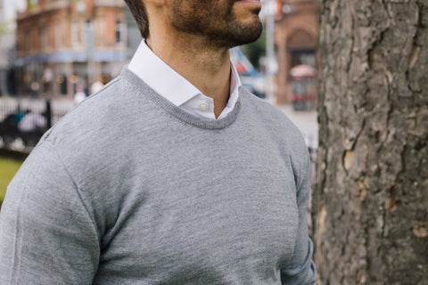 MERINO WOOL CREW NECK JUMPER IN LIGHT GREY