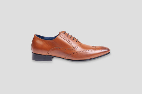 Remus Uomo Leather Wingtip Brogue Oxford Shoe in Tan