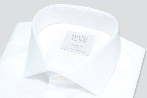 Smyth & Gibson Jacquard Circle Print Tailored Fit Shirt in White - Smyth & Gibson Shirts