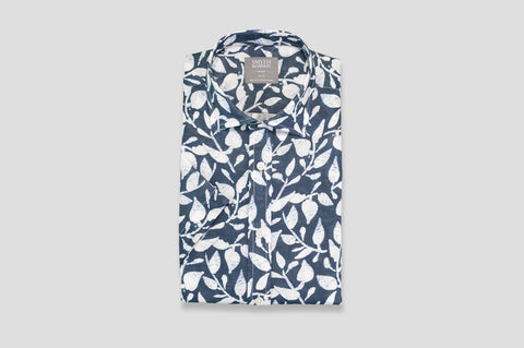 Smyth & Gibson Short Sleeve Tropical Leaves Print Linen Shirt in Navy